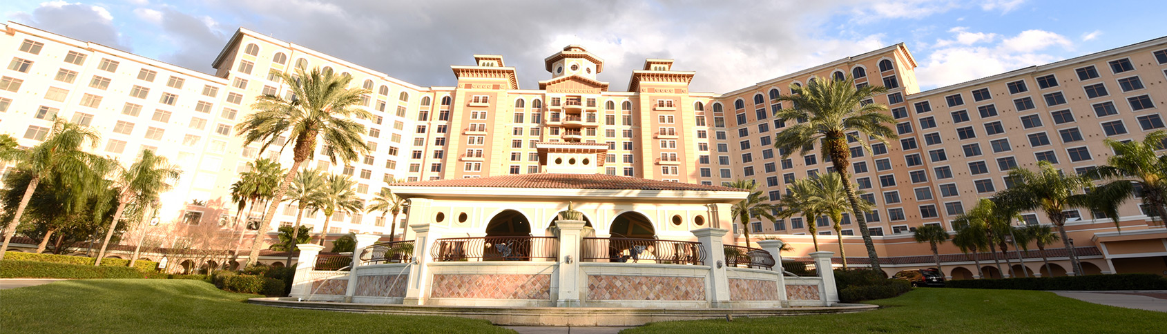 Top Orlando Hotel Connects More Than 4000 Associates