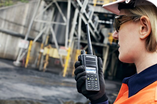 MOTOTRBO™ Accelerate Communication for Uncompromised Safety