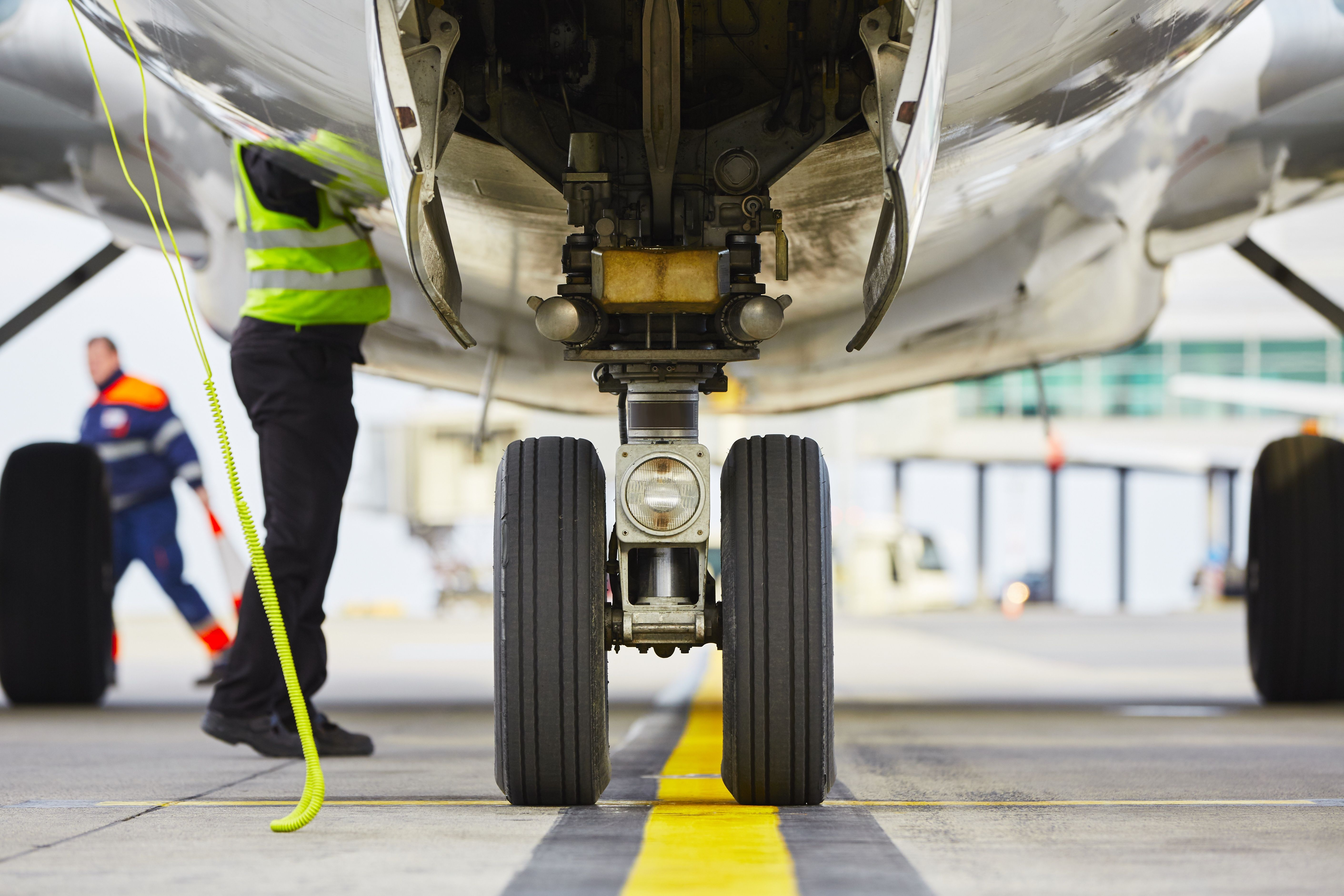 Airport efficiency takes off with MOTOTRBO™