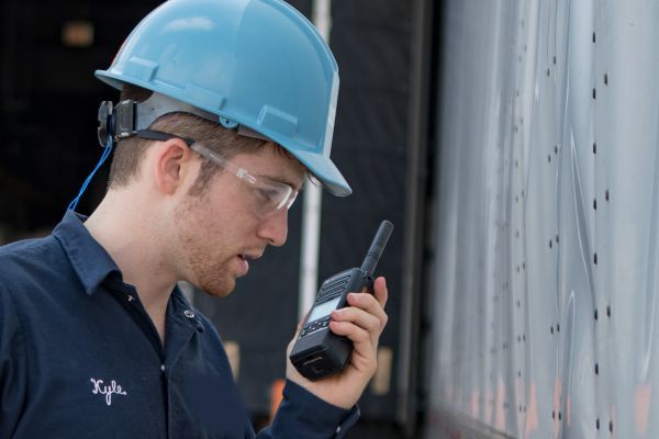 Guidelines for Cleaning Motorola Solutions Devices
