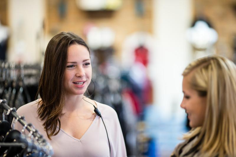 solutions retail staff communications management