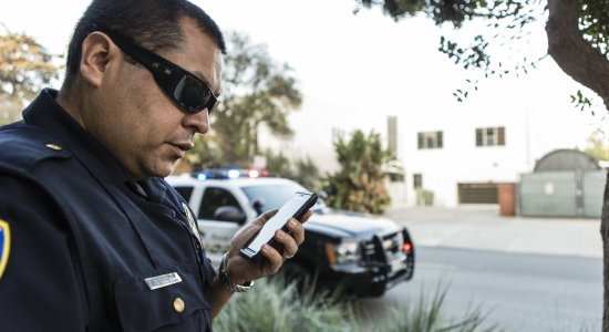 Police Smartphone Push-To-Talk