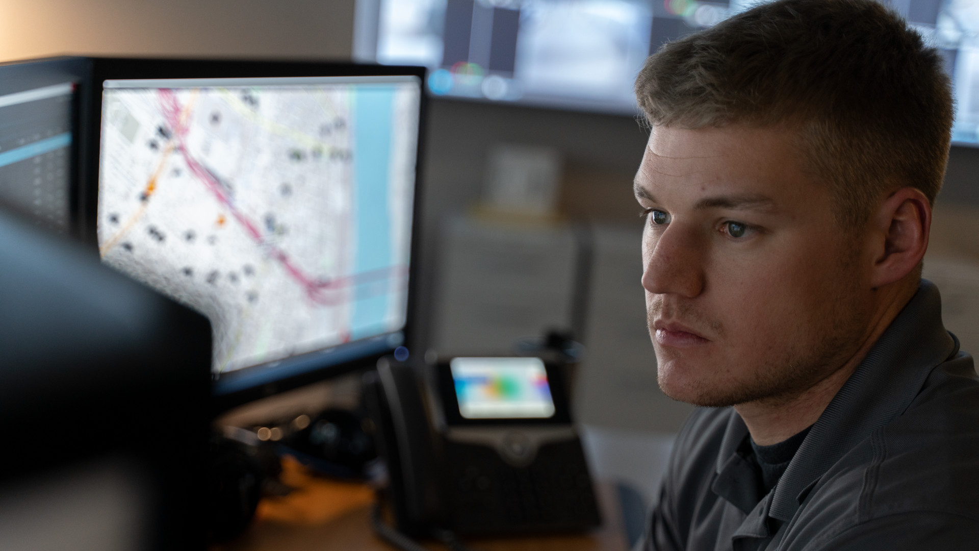 Man Looking at CommandCentral Investigate Crime Analysis Software
